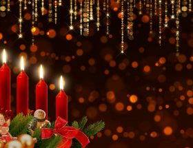 4. Advent Kranz mit Kerzen